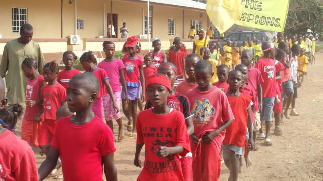 FR – School Parade at Sahn Malen (SAC – Sierra Leone)